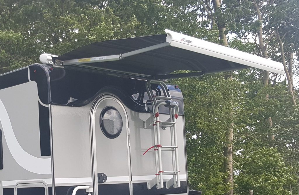 Rear Awning Cirrus Truck Camper Options