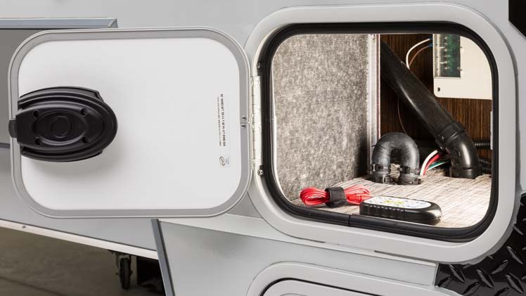 Dual Battery Compartment up to Group 31 with Disconnect in Cirrus 820 Truck Camper